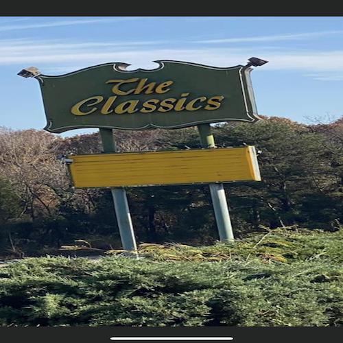 5-18-01 Chuck@Classics