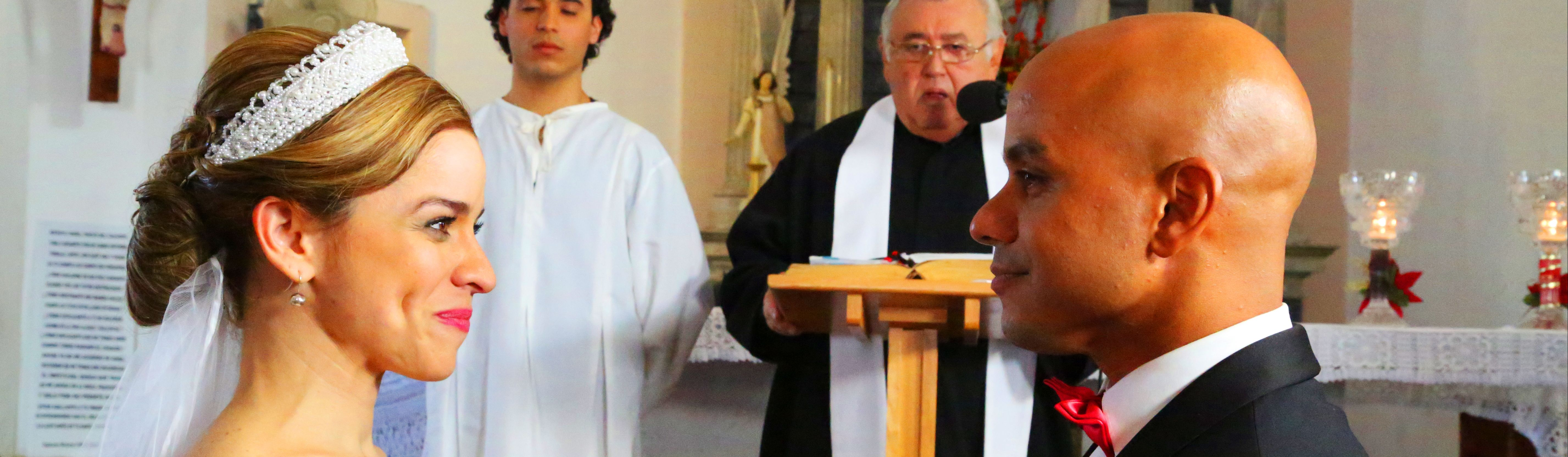 A WEDDING IN CASTAÑER / UNA BODA EN CASTAÑER