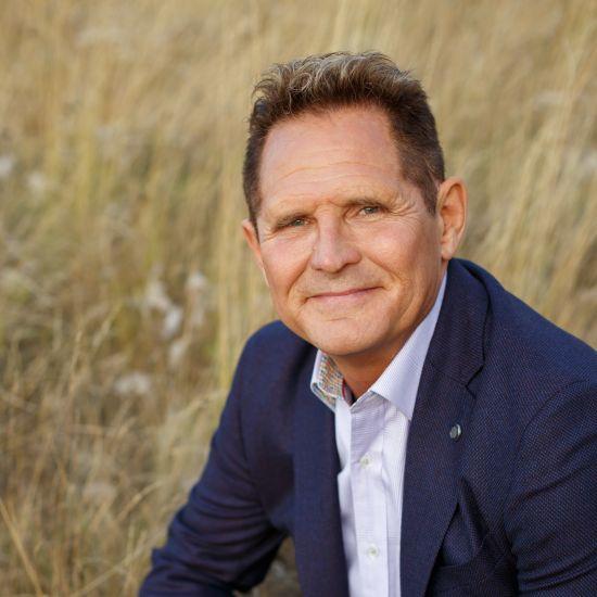 Dr. Darrell Wolfe