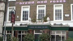 Bread & Roses Pub   London UK